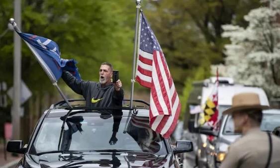 Người biểu tình chống phong tỏa tại Maryland hôm 19/4. Ảnh: AFP.