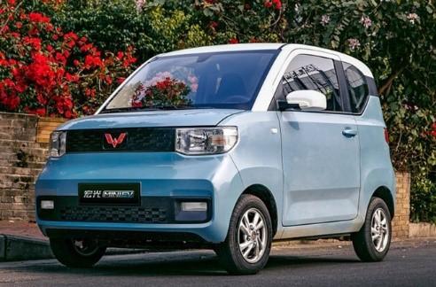 Wuling Hongguang Mini EV có giá bán 28.800 nhân dân tệ, khoảng 96,6 triệu đồng